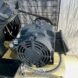 15 HP Ingersoll-rand 7100e15-v Horizontal Piston Type Air Compressor. Stock # 06