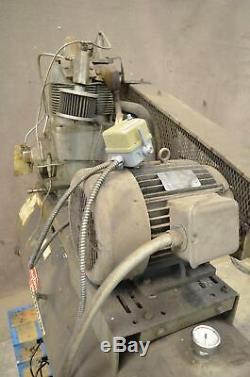 Dayton 3Z412 15HP Two-Stage Air Compressor 3-Ph 230/460V 120 Gallon Tank