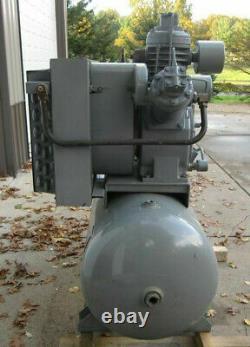INGERSOLL-RAND 15TE15 Type T30 120gal HORIZONTAL AIR COMPRESSOR 15HP 53 cfm