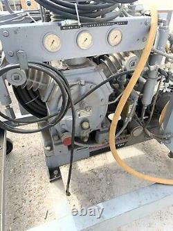 Ingersoll-Rand T30 Air Compressor Model 15t4