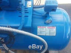 Quincy Air Compressor 90 Gallon 3 phase 200V 5.8A Model QC01508S00001